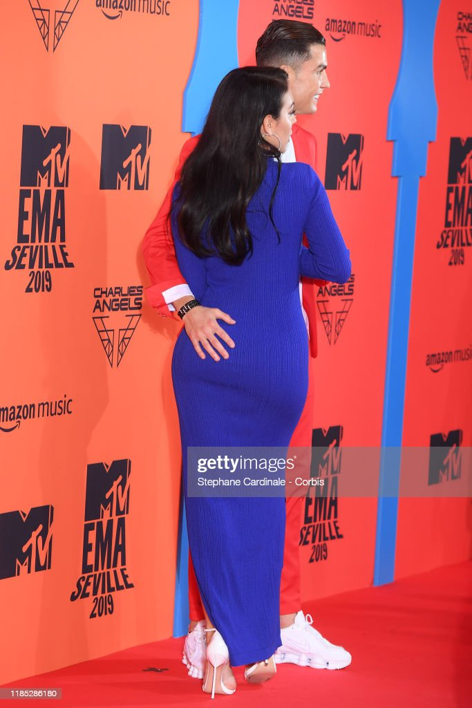 MTV EMAs 2019 - Red Carpet Arrivals : News Photo