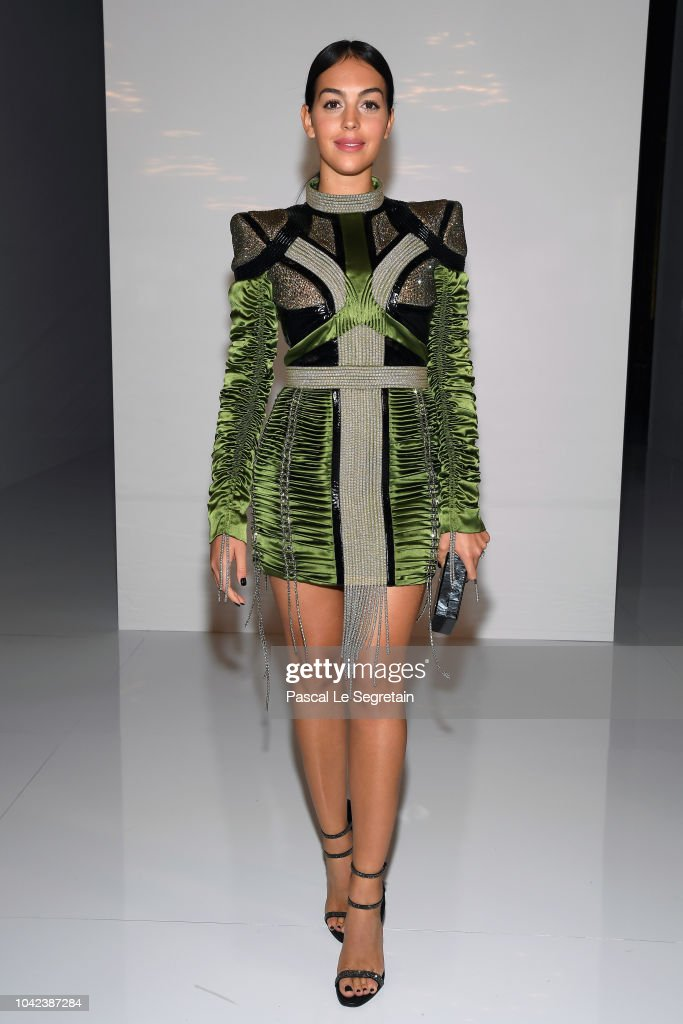 georgina-rodriguez-attends-the-balmain-show-as-part-of-the-paris-picture-id1042387284