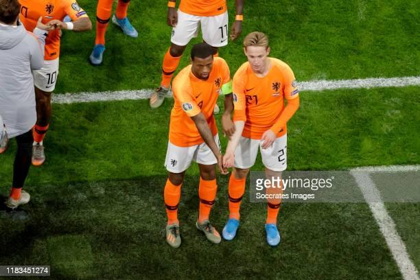 Georginio Wijnaldum of Holland celebrates 1-0 with Frenkie de Jong of Holland during the EURO Qualifier match between Holland v Estonia at the Johan...