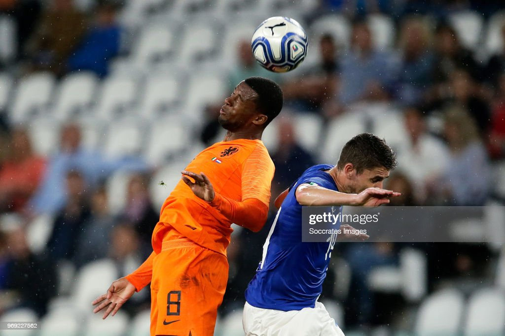 Georginio Wijnaldum of Holland, Jorge Luis Frello Jorginho of Italy during the International Friendly match between Italy v Holland at the Allianz Stadium on June 4, 2018 in Turin Italy