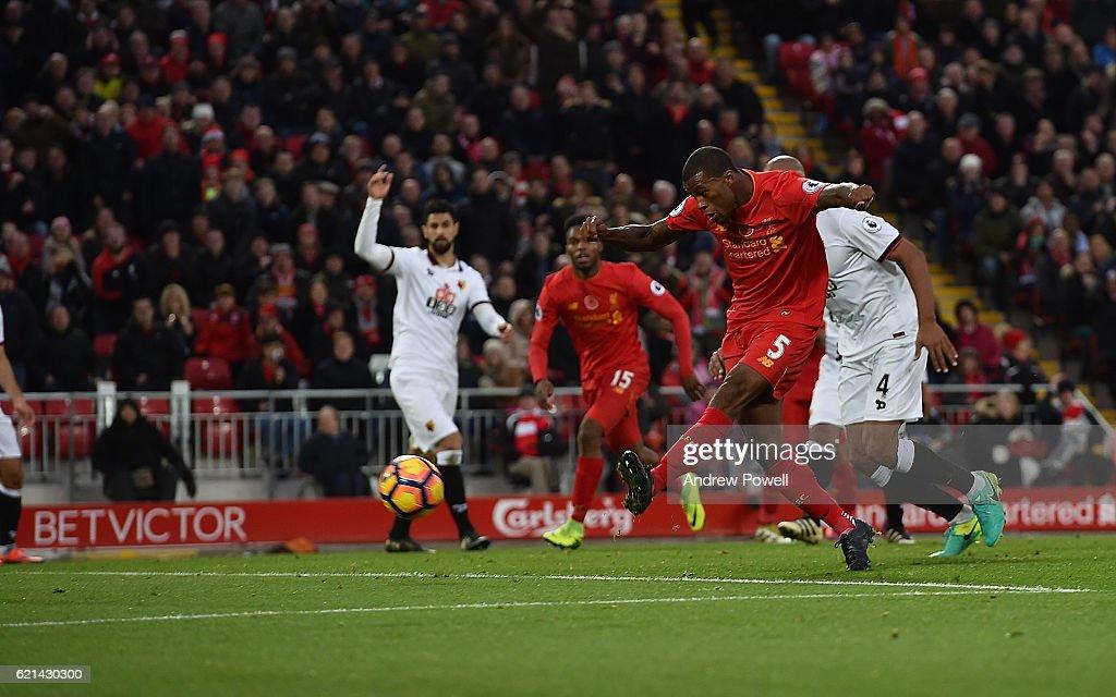 Liverpool v Watford - Premier League : Nachrichtenfoto