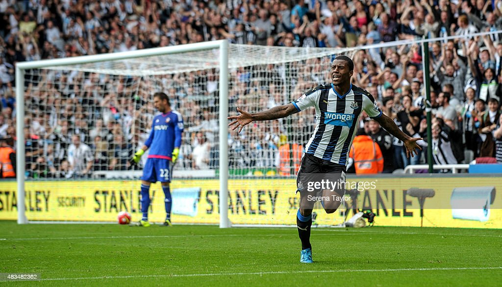 Georginio Wijnaldum of Newcastle celebrates after scoring Newcastle's second goal during the Barclays Premier League match between Newcastle United and Southampton at St.James Park on August 9, 2015, in Newcastle upon Tyne, England.