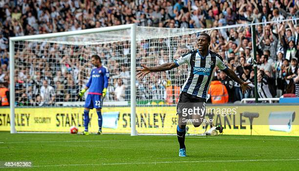 Georginio Wijnaldum of Newcastle celebrates after scoring Newcastle's second goal during the Barclays Premier League match between Newcastle United...