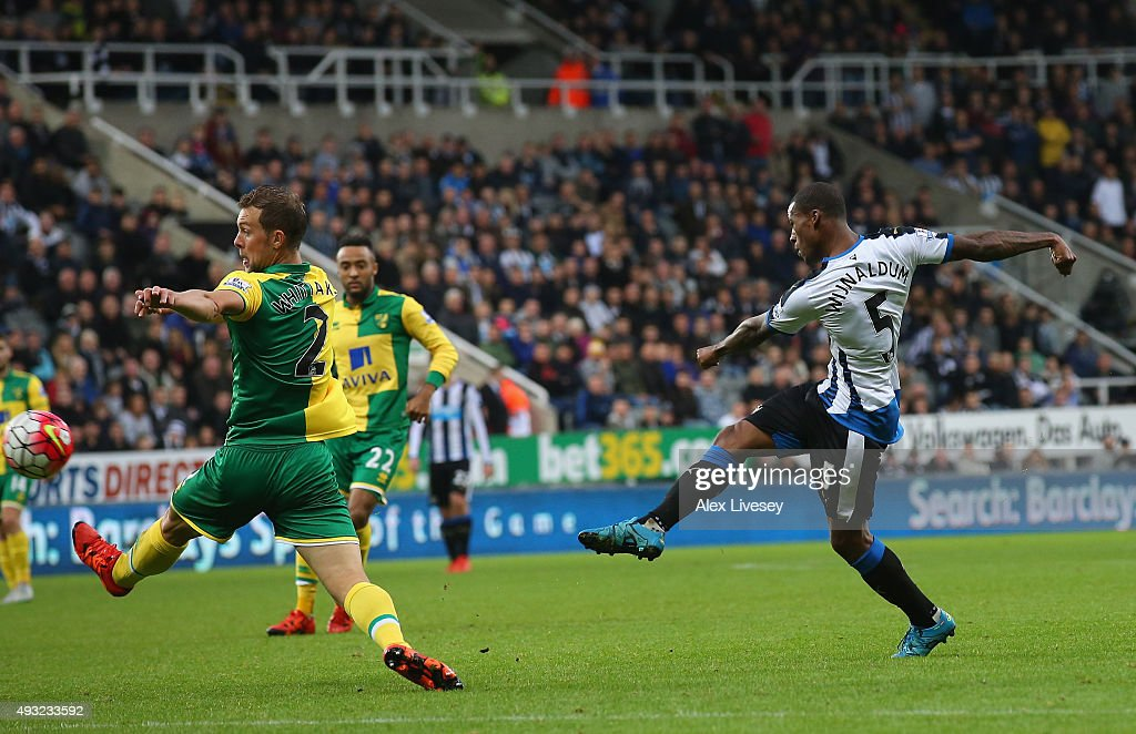 Georginio Wijnaldum of Newcastle United scores their sixth goal and his fourth during the Barclays Premier League match between Newcastle United and Norwich City at St James' Park on October 18, 2015 in Newcastle upon Tyne, England.