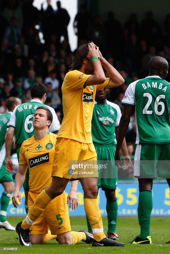 Georgiois Samaras and Gary Caldwell of Celtic look dejected during the Scottish Premier League match between Hibernian and Celtic at Easter Road on May 17, 2009 in Edinburgh, Scotland.