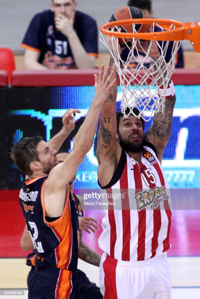 Olympiacos Piraeus v Valencia Basket - Turkish Airlines EuroLeague
