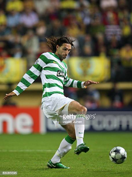Georgios Samaras of Celtic controls the ball during the UEFA Champions League Group E match between Villarreal and Celtic at the El Madrigal stadium...