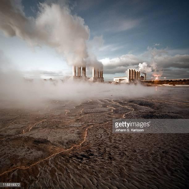 geothermal power plant - 火力発電所 ストックフォトと画像