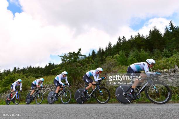 Geraint Thomas of Great Britain / Christopher Froome of Great Britain / Lukasz Wisniowski of Poland / Vasil Kiryienka of Belarus / Wout Poels of The...