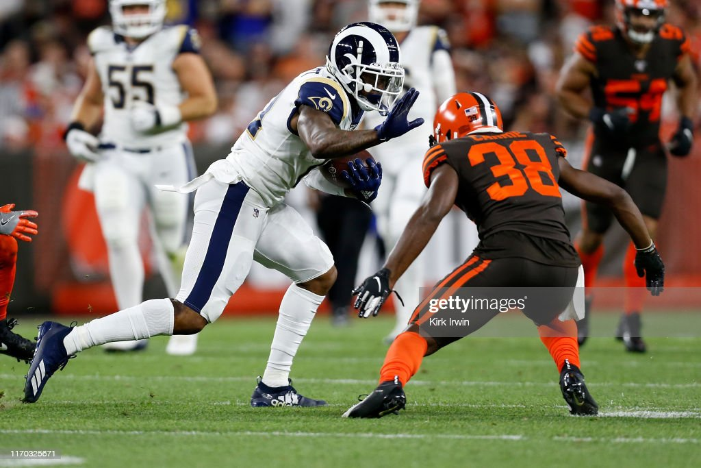 Los Angeles Rams v Cleveland Browns : News Photo