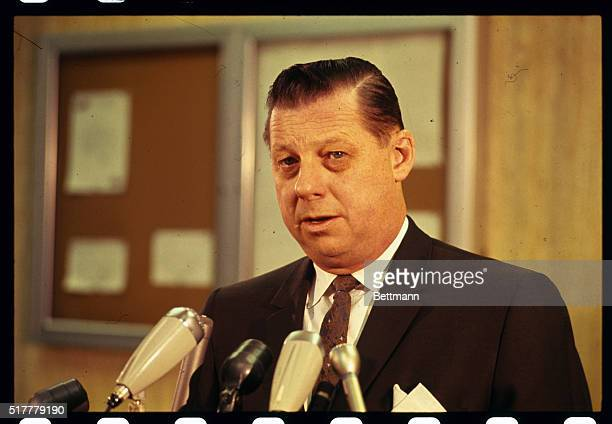 Gerald Getty Cook County Illinois public defender and defense lawyer for Richard Speck speaks to newsmen after Speck was returned to Chicago Speck...