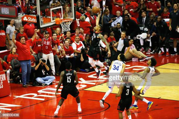 Gerald Green of the Houston Rockets dunks in the first half against the Golden State Warriors of Game Two of the Western Conference Finals of the...