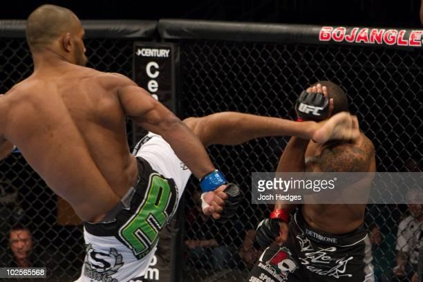 Gerald Harris def Mario Miranda TKO 449 round 1 during UFC Fight Night 21 at Bojangles Coliseum on March 31 2010 in Charlotte North Carolina
