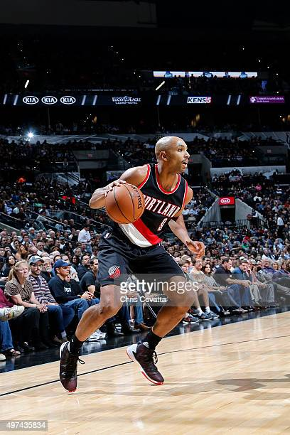 Gerald Henderson of the Portland Trail Blazers handles the ball during the game San Antonio Spurs on November 16 2015 at the ATT Center in San...