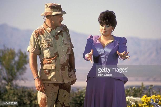 Gerald McRaney and Delta Burke at the Taping of Bob Hope's TV Special 'Bob Hope's Yellow Ribbon Party' Bob Hope's Palm Springs Home Palm Springs