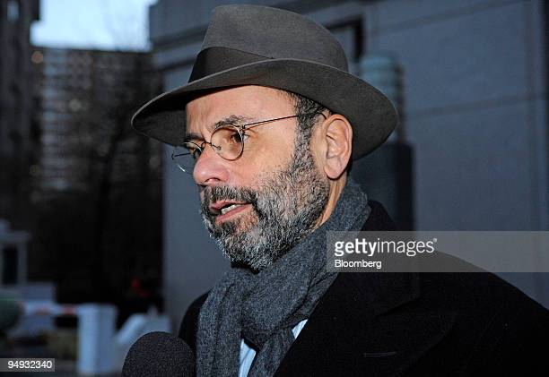Gerald Shargel, attorney for Marc Dreier, managing partner and founder of Dreier LLP, speaks to the media after exiting Manhattan federal court in...
