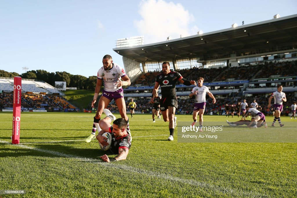 Gerard Beale of the Warriors scores a try during the round 19 NRL match between the New Zealand Warriors and the Melbourne Storm at Mt Smart Stadium on July 22, 2018 in Auckland, New Zealand.