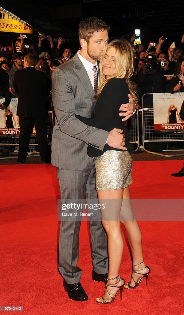 The Bounty Hunter: UK Film Premiere - Inside Arrivals : News Photo