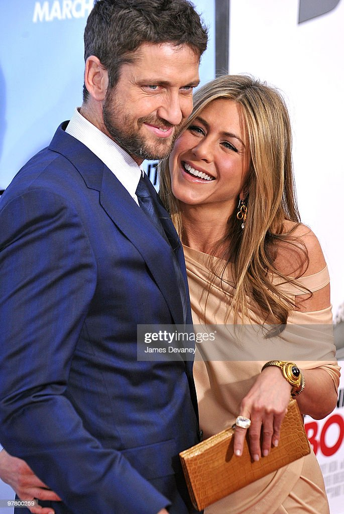 Gerard Butler and Jennifer Aniston attend the premiere of 'The Bounty Hunter' at Ziegfeld Theatre on March 16, 2010 in New York, New York City.