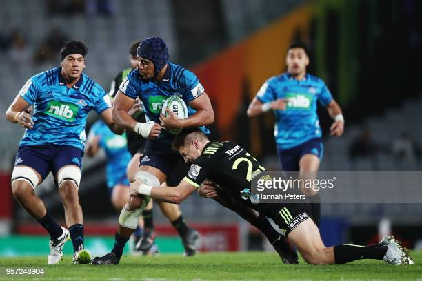 Gerard CowleyTuioti of the Blues charges forward during the round 12 Super Rugby match between the Blues and the Hurricanes at Eden Park on May 11...