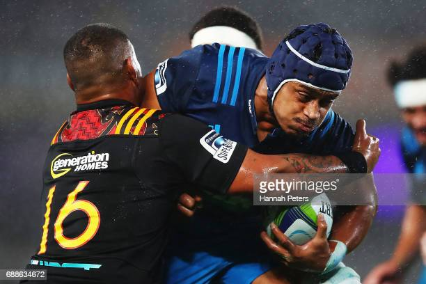 Gerard CowleyTuioti of the Blues charges forward during the round 14 Super Rugby match between the Blues and the Chiefs and Eden Park on May 26 2017...