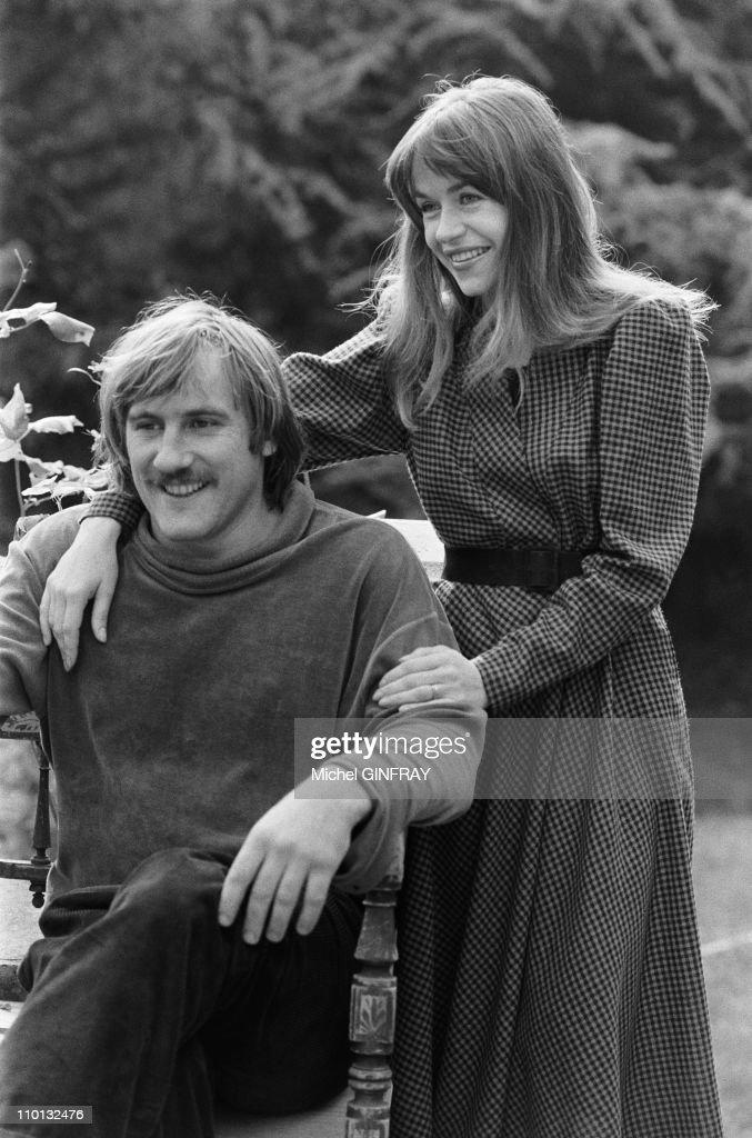 Elisabeth and Gerard Depardieu at home in France on November 8, 1978. : News Photo
