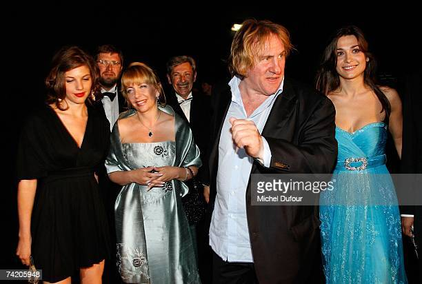 Gerard Depardieu attends with Clementine Igou the Cannes Film Festival 60th Anniversary Dinner hosted by Chopard at La Roseraie on May 20 2007 in...