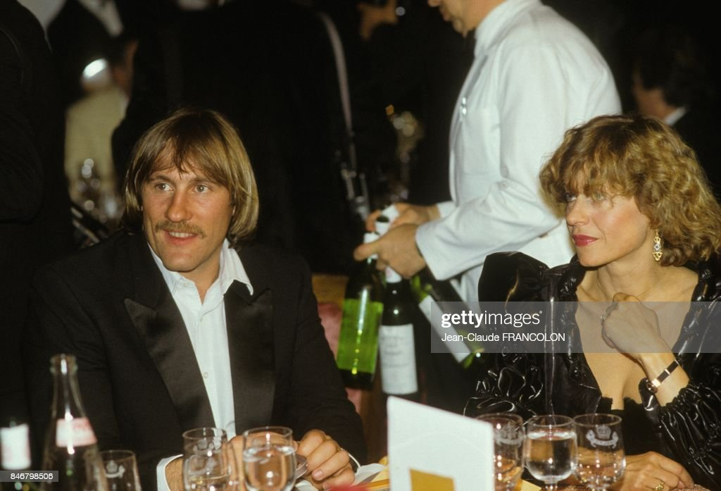 Gerard Depardieu Et Elisabeth Depardieu Au Festival De Cannes 1984 : ニュース写真