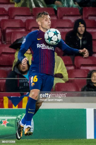 Gerard Deulofeu Lazaro of FC Barcelona in action during the UEFA Champions League 201718 match between FC Barcelona and Olympiacos FC at Camp Nou on...