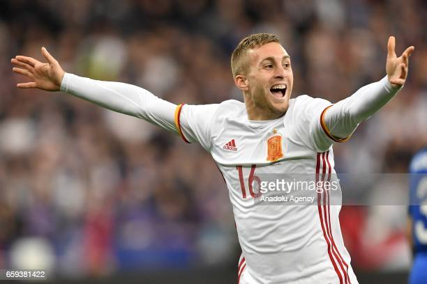 Gerard Deulofeu of Spain celebrates after scoring a goal during the international friendly match between France and Spain at the Stade de France in...