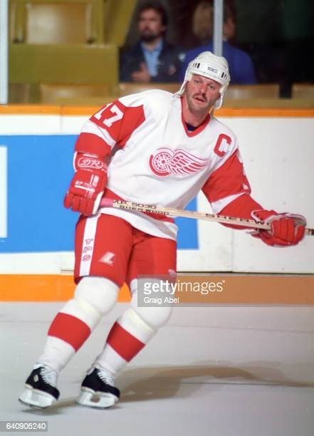 Gerard Gallant of the Detroit Red Wings skates in warmup prior to a preseason game against the Toronto Maple Leafs on September 18 1992 at Maple Leaf...
