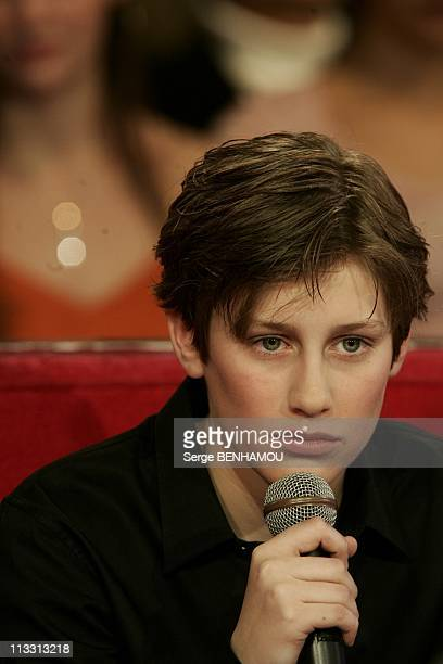Gerard Jugnot On Vivement Dimanche Tv Show On February 23Rd 2005 In Paris France Jean Baptiste Maunier