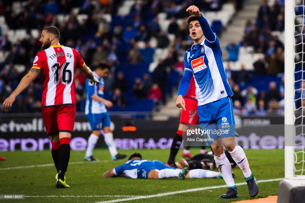 Gerard Moreno of RCD Espanyol reacts during the La Liga match between RCD Espanyol and Girona FC at RCDE Stadium on December 11, 2017 in Barcelona, Spain.
