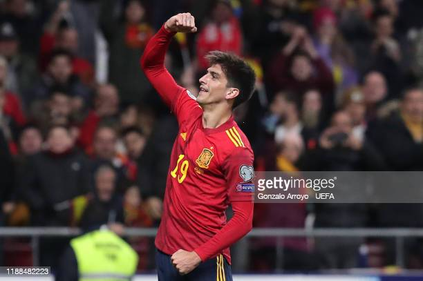 Gerard Moreno of Spain celebrates after scoring his team's second goal during the UEFA Euro 2020 Qualifier between Spain and Romania on November 18,...