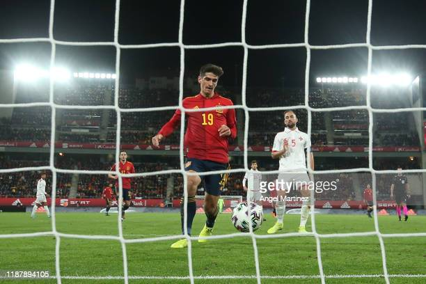 Gerard Moreno of Spain scores his team's sixth goal during the UEFA Euro 2020 Qualifier between Spain and Malta on November 15, 2019 in Cadiz, Spain.