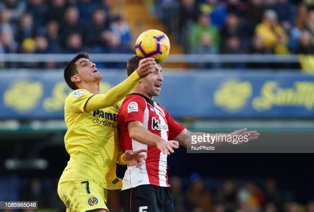 Gerard Moreno of Villarreal and Yeray Alvarez of Athletic Club de Bilbao during the La Liga Santander match between Villarreal and Athletic Club de...