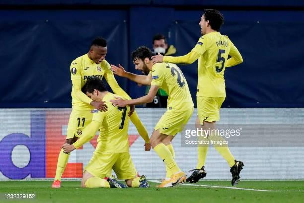 Gerard Moreno of Villarreal Celebrates 2-0 with Samu Chukwueze of Villarreal, Alfonso Pedraza of Villarreal, Dani Parejo of Villarreal during the...