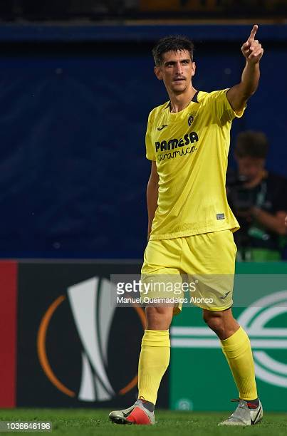 Gerard Moreno of Villarreal celebrates after scoring his sides second goal during the UEFA Europa League Group G match between Villarreal CF and...
