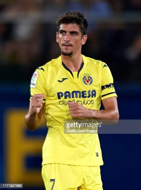 Gerard Moreno of Villarreal celebrates after scoring his team's first goal during the Liga match between Villarreal CF and Real Madrid CF at Estadio...