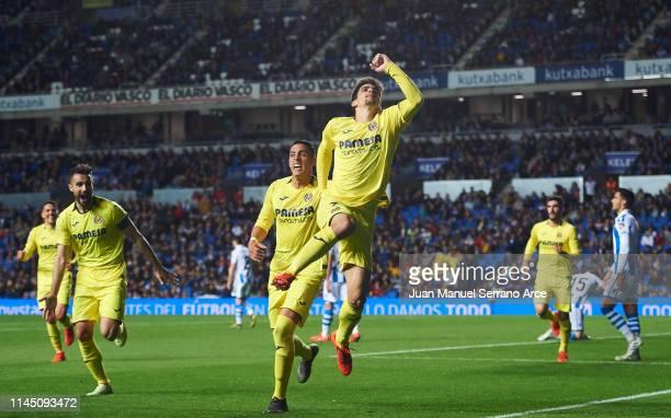 Gerard Moreno of Villarreal CF celebrates after scoring goal during the La Liga match between Real Sociedad and Villarreal CF at Estadio Anoeta on...