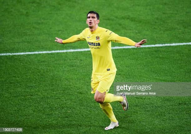Gerard Moreno of Villarreal CF celebrates after scoring goal during the La Liga Santander match between Athletic Club and Villarreal CF at Estadio de...