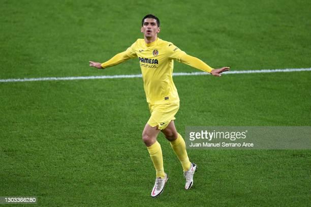 Gerard Moreno of Villarreal CF celebrates after scoring his team's first goal during the La Liga Santander match between Athletic Club and Villarreal...