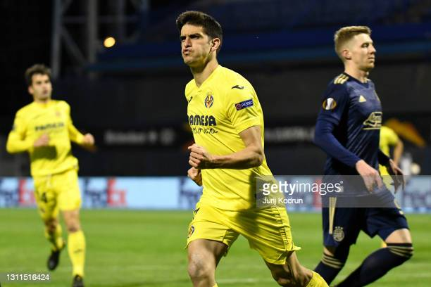 Gerard Moreno of Villarreal CF celebrates after scoring their side's first goal from the penalty spot during the UEFA Europa League Quarter Final...