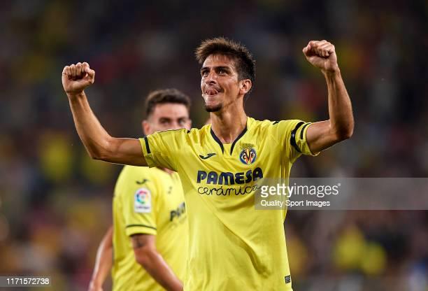 Gerard Moreno of Villarreal CF celebrates scoring his team's goal during the Liga match between Villarreal CF and Real Madrid CF at Estadio de la...