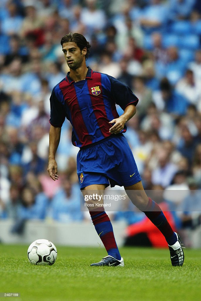 Gerard of FC Barcelona runs with the ball during the Pre-Season Friendly match between Manchester City and FC Barcelona held on August 10, 2003 at The City of Manchester Stadium, in Manchester, England. Manchester City won the match 2-1.