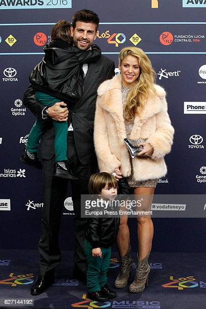 Gerard Pique and Shakira with their sons Milan Pique and Sasha Pique attend the gala of Los 40 Music Awards 2016 on December 1 2016 in Barcelona Spain
