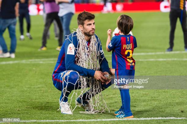 Gerard Pique Bernabeu of FC Barcelona after winning the Copa Del Rey Final between FC Barcelona and Deportivo Alaves at Vicente Calderon Stadium on...