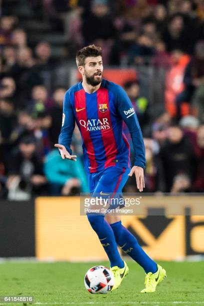 Gerard Pique Bernabeu of FC Barcelona in action during their Copa del Rey 201617 Semifinal match between FC Barcelona and Atletico de Madrid at the...