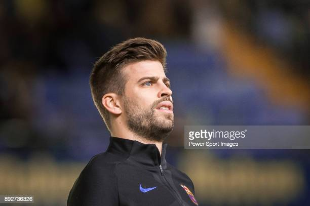 Gerard Pique Bernabeu of FC Barcelona in training prior to the La Liga 201718 match between Villarreal CF and FC Barcelona at Estadio de la Ceramica...
