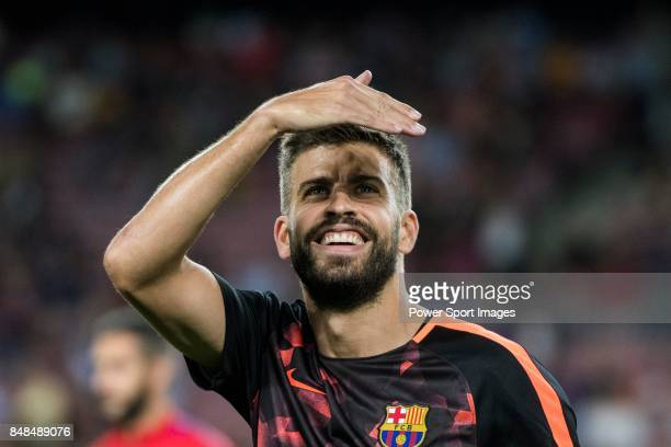 Gerard Pique Bernabeu of FC Barcelona in training prior to the UEFA Champions League 201718 match between FC Barcelona and Juventus at Camp Nou on 12...